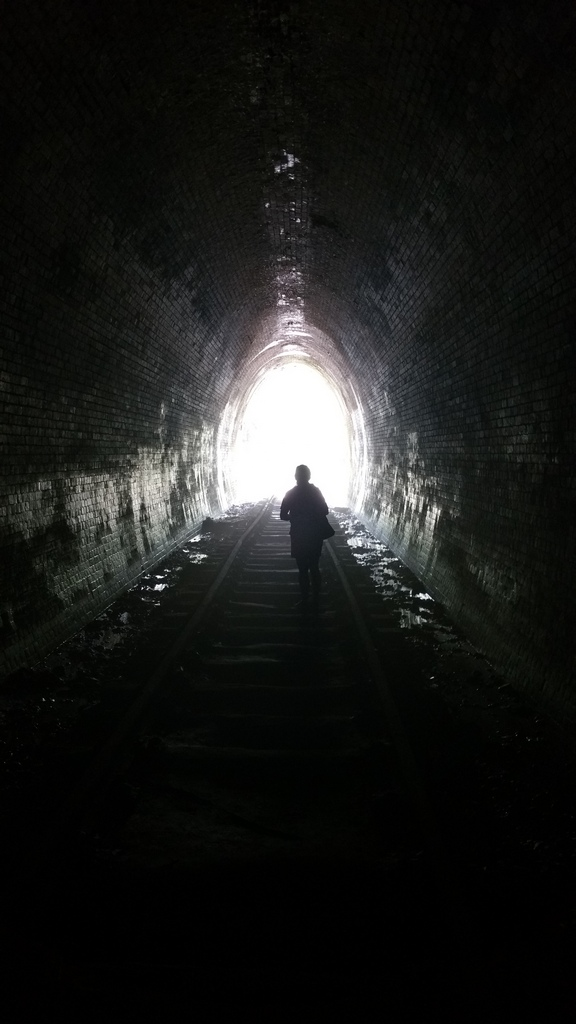 tunnel-4
